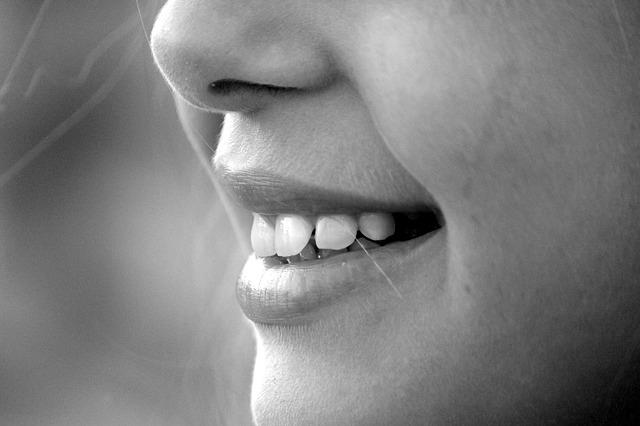 歯茎が下がらない・歯が白くなる!最強の電動歯ブラシを見つけた話